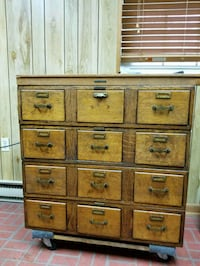 Vintage Oak  file drawer cabinet Ijamsville, 21754