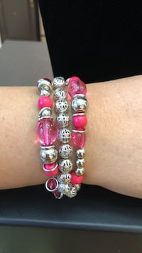 pink and white beaded bracelet Middletown, 10940