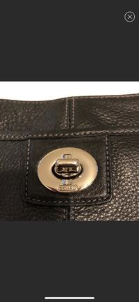 Black leather Coach crossbody New Orleans, 70115