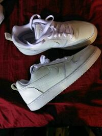 Brand new white Nike shoes