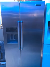 stainless steel side-by-side refrigerator with dispenser Buena Park, 90621