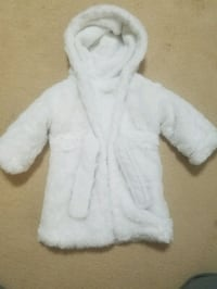 baby boy or girl robe 6-12m might fit up to size 18m