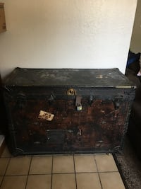 Vintage H.C. Faber Large Raw-Hide Theatrical Trunk  Fresno, 93727