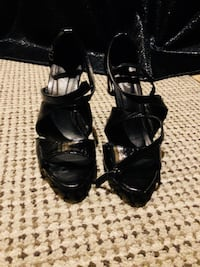 Pair of black leather open-toe heels Richmond Hill, L4C 9S5