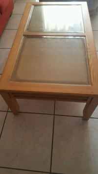 Coffee table 2 side tables Miami, 33177