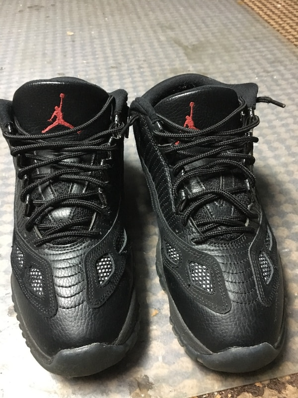 cc40585a9cfc Used pair of black Air Jordan basketball shoes for sale in Hempstead ...