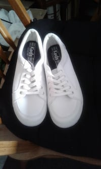 Keds Tennis Shoes size 8 RALEIGH