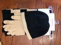 Hat, scarf, and glove set