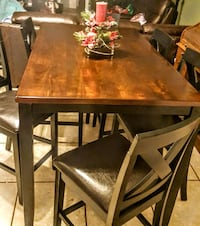 NEW Dining Table & 6 chairs 1364 mi