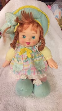 1990s doll. Excellent condition. Ashland, 44805