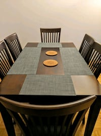 Dining Table with 6 chairs Jersey City, 07310