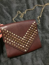 women's brown leather sling bag Chatham, N7L 1G3