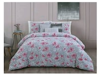 STEVE MADDEN KING SIZE 5 PIECE COMFORTER SET  Peoria, 61602