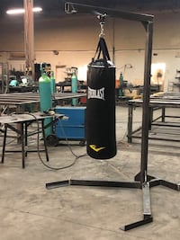 Everlast punching bag with custom stand  Brampton, L6W 3H6