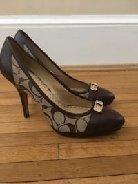 pair of black-and-brown leather pumps Dunn Loring, 22027