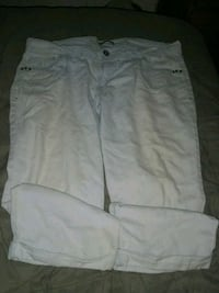 white and gray cargo shorts Pacific, 63069