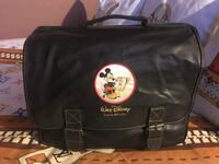 Vintage Disney Mickey Mouse messenger bag in good used condition  Palmdale, 93550