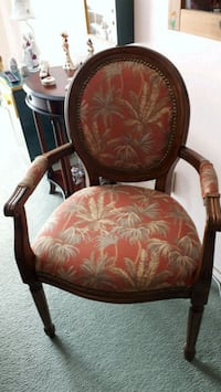 Antique like Chair Montreal, H1J 2G2