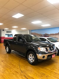 Nissan - Pick-Up / Frontier - 2010 31 km
