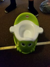 potty chair and potty seat for big potty Altoona, 16601