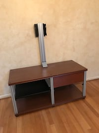 TV Stand/Table Great Falls, 22066