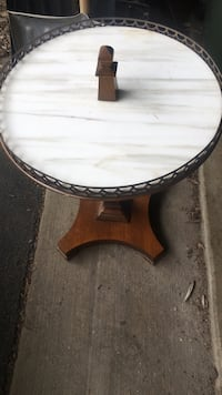 Antique Accent Table Pingree Grove, 60140