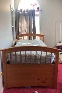 Twin sized Bed frame Mahopac, 10541