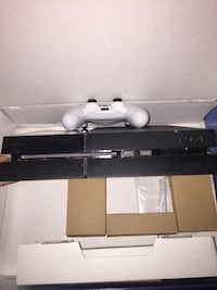 PS4 FOR SALE (NO TRADES & PRICE IS NOT NEGOTIABLE
