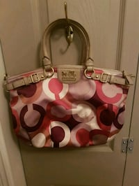 Fabulous coach bag Whitby, L1N 8X2
