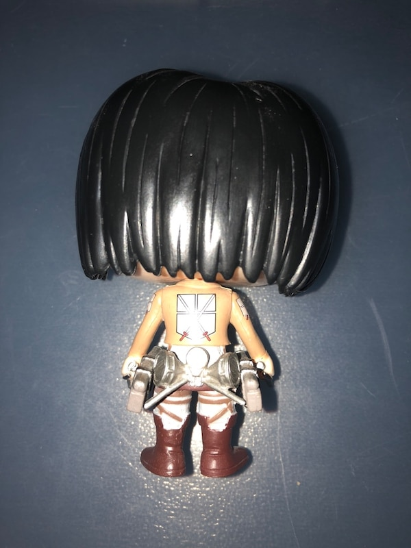 Attack on titan pop figure (with box)