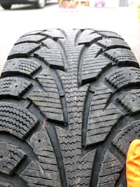 Hankook I-Pike 195/65r15 with Rims