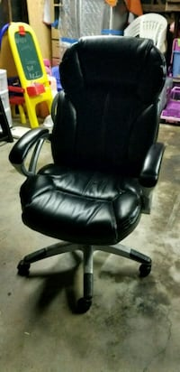 Office chair  Downey, 90242