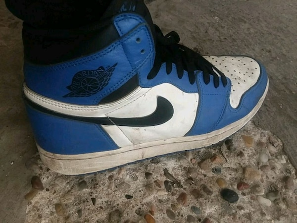 new product cbc50 74cca blue-and-white Air Jordan 1's