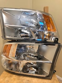 2013 Ram 1500 Headlamps and Taillamps