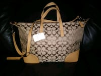 brown and white Coach monogram tote bag Bakersfield, 93306