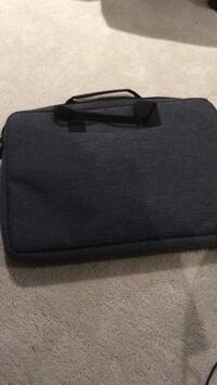 Black and gray laptop bag Ottawa, K4M