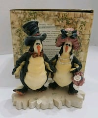 Boyd's Folkstone Tuxedo Penguins with box  Hagerstown, 21742