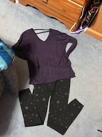 Women's Outfit  Reading