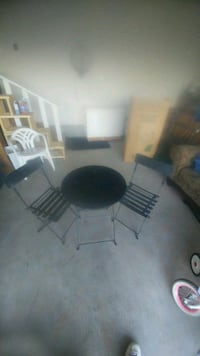 Metal folding chairs and table West Kelowna, V4T 1E2