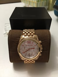 Michael Kors watch, never been worn Vaughan, L4L 1S2