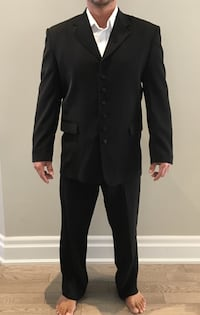 Men's suits  Aurora, L4G 3G4