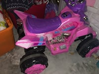 Fisher price toddler/kid 4 wheeler electric w/rechargeable battery Apopka, 32712