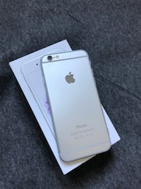 gold iPhone 6s with box Brossard, J4W 3G2