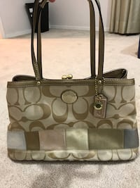 Coach Purse  Oklahoma City, 73162