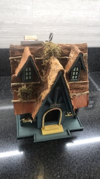 Bird house brand new deco.have 6 left only Riverside, 92505