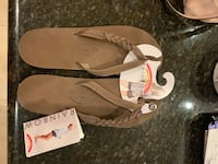 Brand new women's rainbows sandals Chandler, 85226