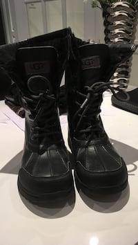 Kids Ugg black leather boots, size 4, excellent condition!!