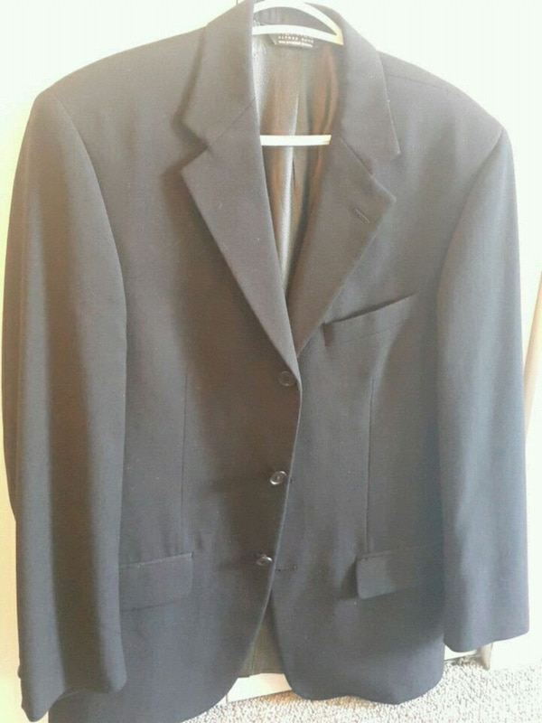 Formal coat couple of times (moving sale) db4afac7-17d7-42c4-baaa-35a3dcd8525a