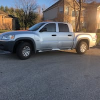 2006 Mitsubishi Raider DuroCross Double Cab 4WD 4AT Maineville