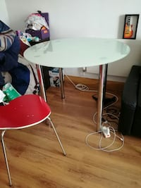 Tempered glass table plus 3 chairs Kingston upon Thames, KT2